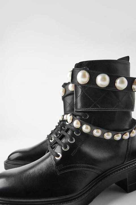 Botín Plano Piel Perlas de Zara en 21 Buttons