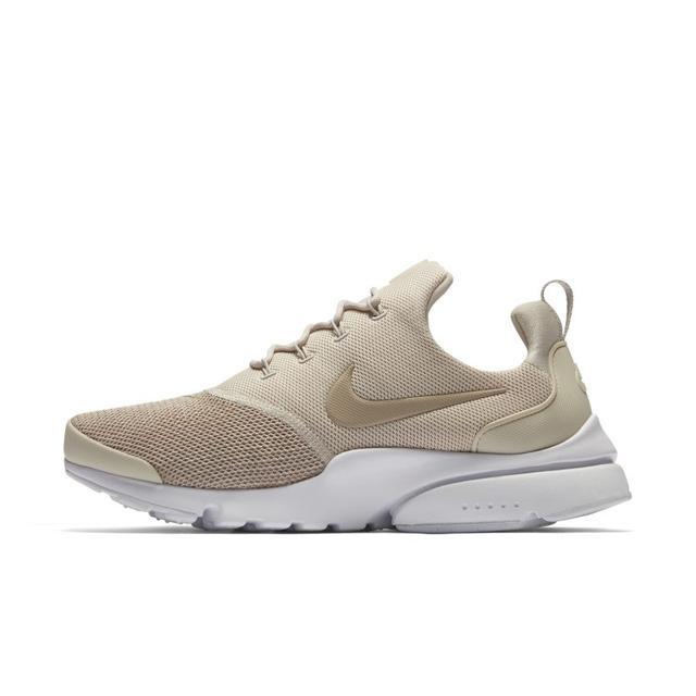 Nike Presto Fly Se Women's Shoe - Cream