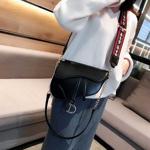 Munda It Saddle Handbag With Long Shoulder Strap - Large