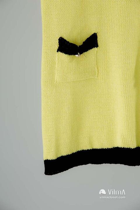 Vestido Amarillo Corte Chanel From Vilma Closet On 21 Buttons