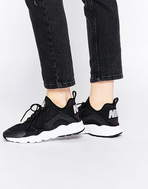 hurache nike scarpe nere e bianche