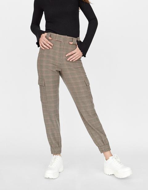 pantalon cargo puño en bajo zara