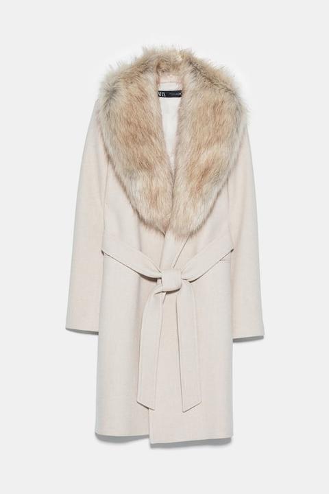 Abrigo Cuello Efecto Pelo de Zara en 21 Buttons