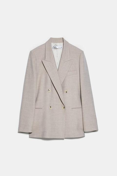 Blazer Recta Cruzada de Zara en 21 Buttons