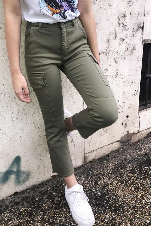 Pantalones Combat Crop Flare de SUBDUED en 21 Buttons