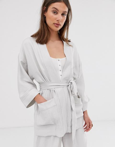 Weekday – Hellbeiger Kimono Mit Bindegürtel from ASOS on 21 Buttons