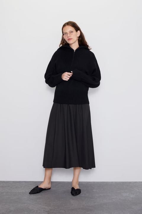 Maglia Con Collo Alto In Lana from Zara on 21 Buttons