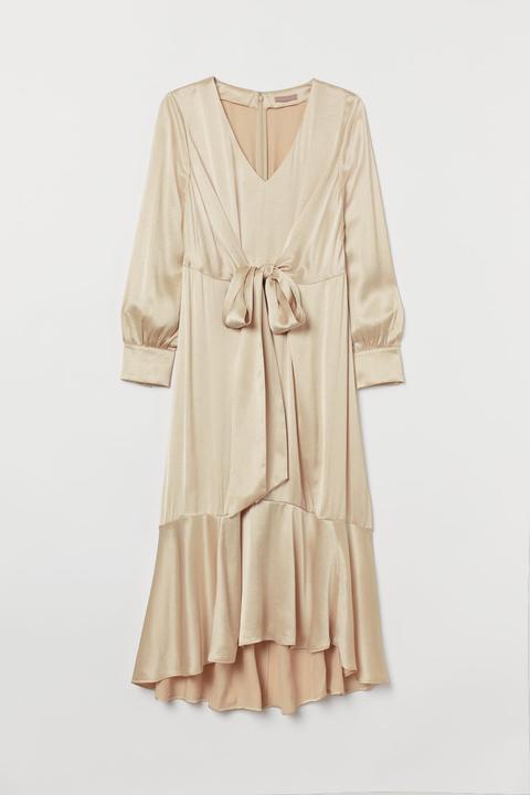 H & M+ Vestido De Satén - Beis de H&M en 21 Buttons