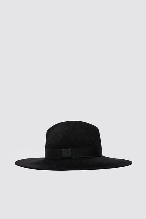 Sombrero Lana Ala Ancha de Zara en 21 Buttons