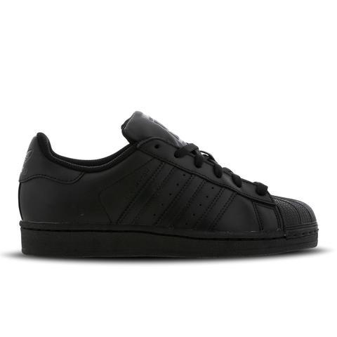 Adidas Superstar 2 @ Footlocker de Footlocker en 21 Buttons