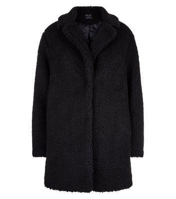 Black Faux Fur Teddy Coat de NEW LOOK en 21 Buttons