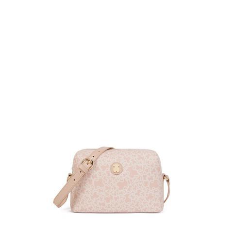 Bandolera Mediana Kaos Mini De Lona En Color Rosa de Tous en 21 Buttons