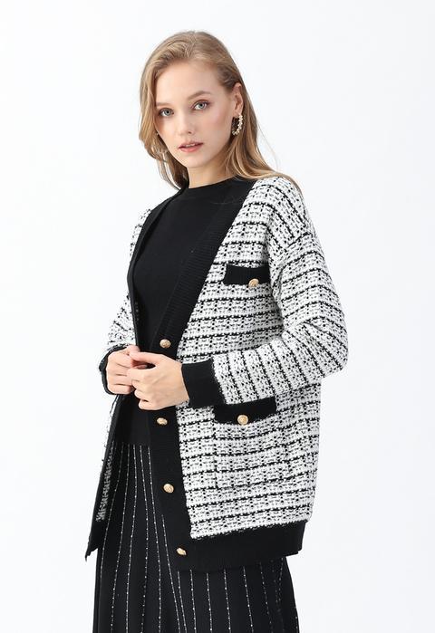 Pockets Button Trim Knit Cardigan In White de Chic wish en 21 Buttons