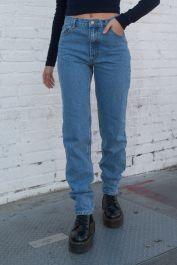 Carly Light Wash Jeans M de Brandy Melville en 21 Buttons