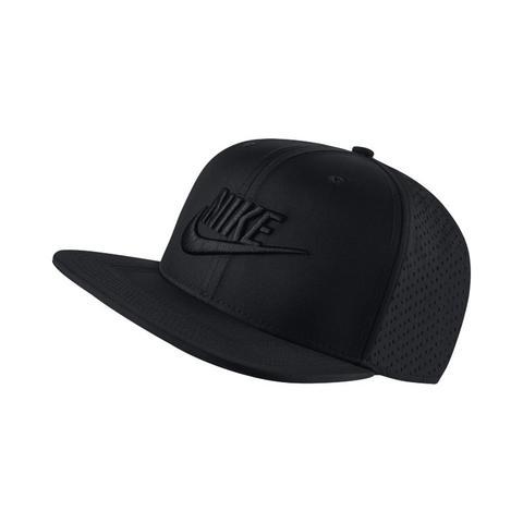 nuovo stile di vita sito affidabile ufficiale Cappello Regolabile Nike Aerobill Pro - Nero from Nike on 21 Buttons