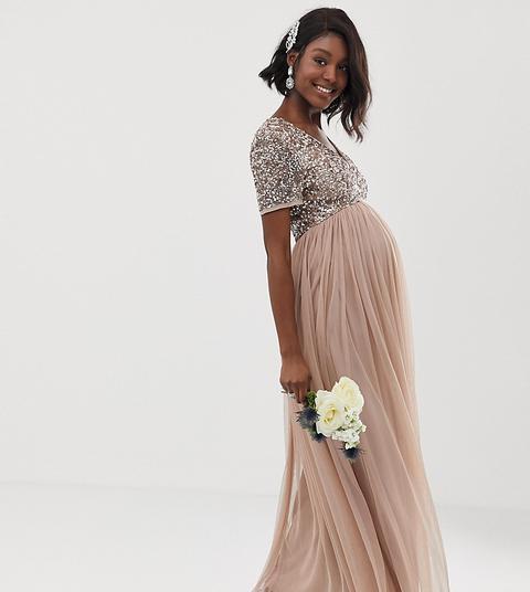 Vestido Largo De Tul De Dama De Honor Con Cuello De Pico Y Delicadas Lentejuelas A Tono En Rubor Topo De Maya Maternity de ASOS en 21 Buttons