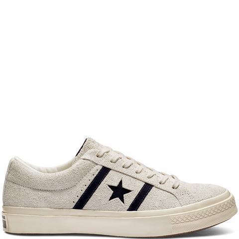 Converse One Star Academy Ox White, Black de Converse en 21 Buttons