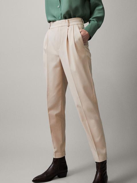 Pantalón Pinzas Pespuntes Slim Fit