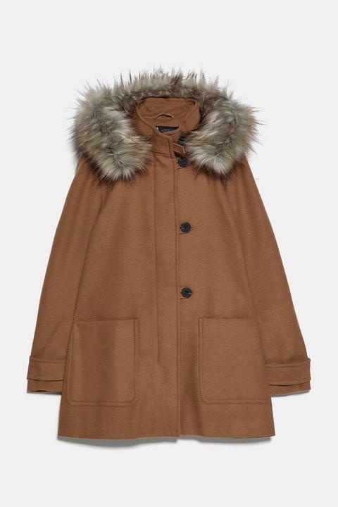 Abrigo Capucha Efecto Pelo de Zara en 21 Buttons