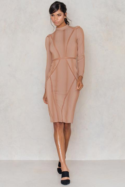 Kiwa Dress Brown de NA-KD en 21 Buttons