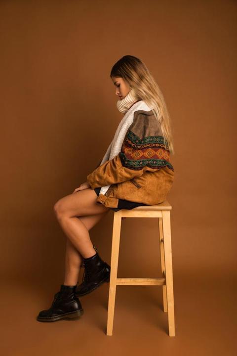 Dakota Brown Vegan Navajo Bomber de ARIZONA VINTAGE en 21 Buttons