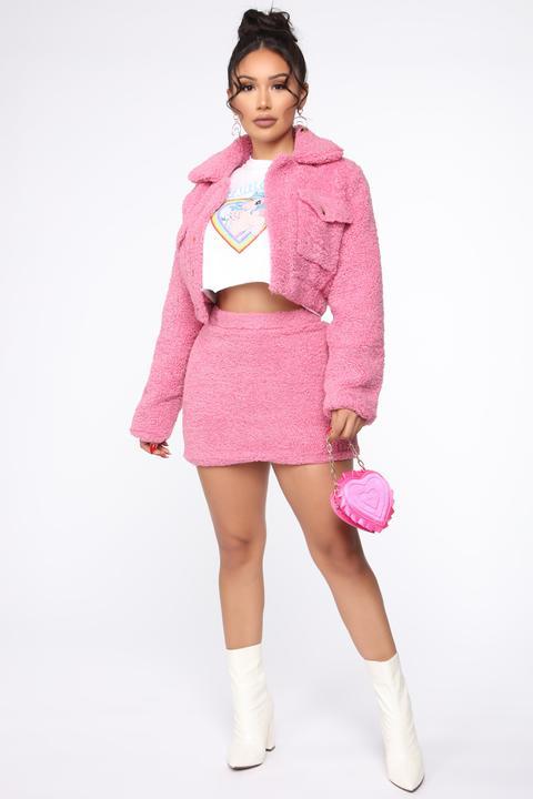 Cuddle Closer Sherpa Set - Bubblegum Pink de Fashion Nova en 21 Buttons