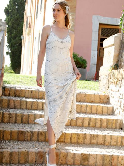 Vestido Largo De Novia Bordado Con Pedrería Blanco 36 de Venca en 21 Buttons