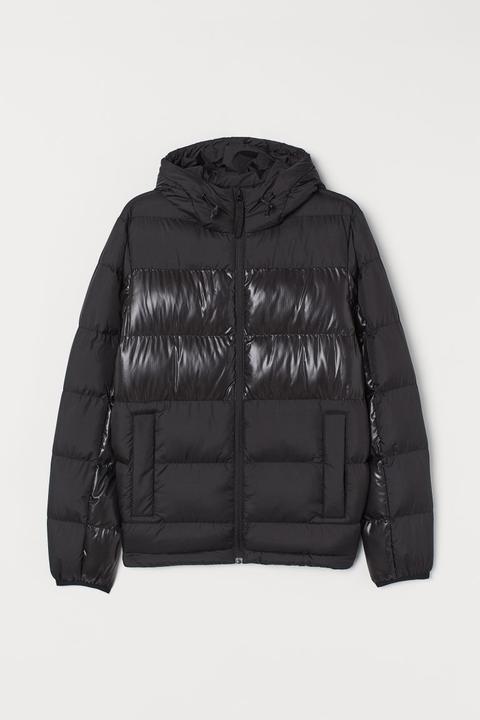 Chaqueta Outdoor Acolchada - Negro de H&M en 21 Buttons