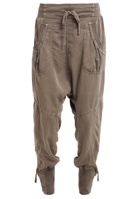 Cream Nanna Pants Pantalón De Tela Khaki de Zalando en 21 Buttons