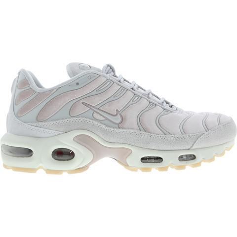 Darse prisa Pasivo acantilado  Nike Tuned 1 Velvet @ Footlocker from Footlocker on 21 Buttons