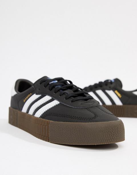 Zapatillas Con Suela De Goma En Negro Y Blanco Samba Rose De Adidas Originals de ASOS en 21 Buttons