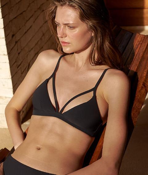 35f89d91cf1d Sujetador Bikini Triangular Tiras Decorativas - Vanda - 44 - Negro - Mujer  - Etam de Etam en 21 Buttons