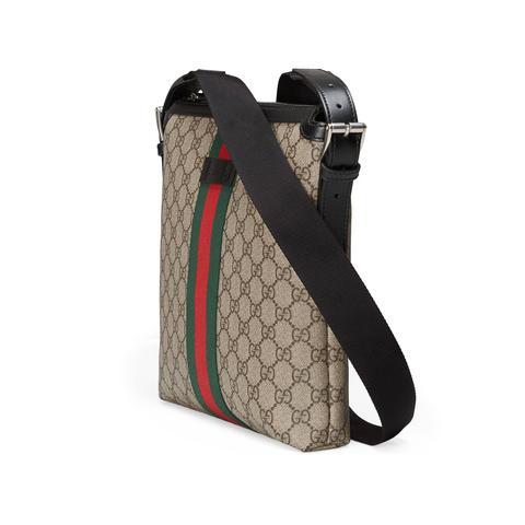 scarpe sportive c326a 5f0ea Borsa A Tracolla In Tessuto Gg Supreme from Gucci on 21 Buttons