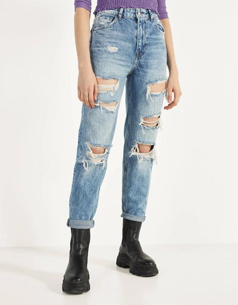 Jeans Mom Fit Con Rotos de Bershka en 21 Buttons