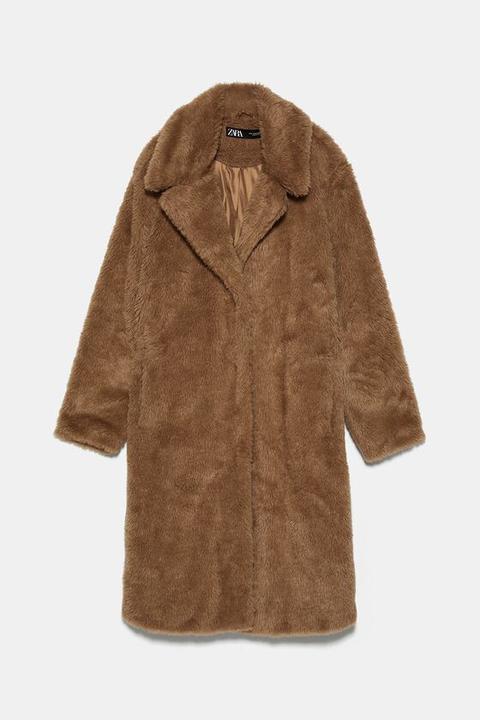 Abrigo Largo Efecto Pelo de Zara en 21 Buttons