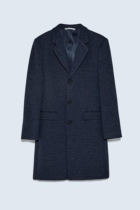 Abrigo Estructura Comfort Knit de Zara en 21 Buttons