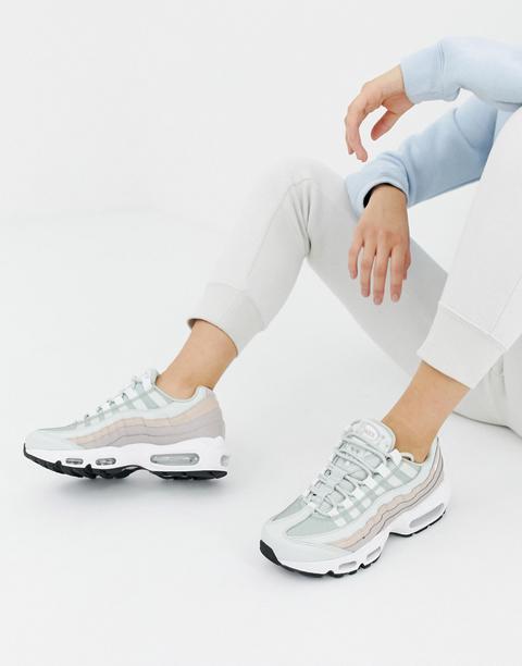 la meilleure attitude 00334 9c0e2 Nike - Air Max 95 - Baskets - Blanc Et Rose - Blanc from ASOS on 21 Buttons