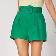 Shorts Unicolor Con Cinturón Con Hebilla