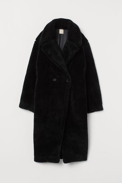 Abrigo En Pelo Sintético - Negro de H&M en 21 Buttons