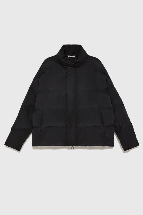 Chaquetón Acolchado Oversize de Zara en 21 Buttons