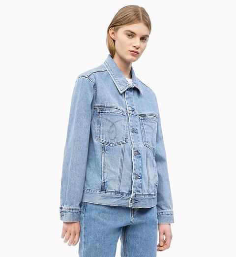 Cazadora Denim Oversized de Calvin Klein en 21 Buttons