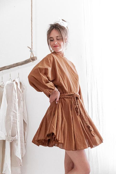 Lilia Camel - Robe Courte Ample