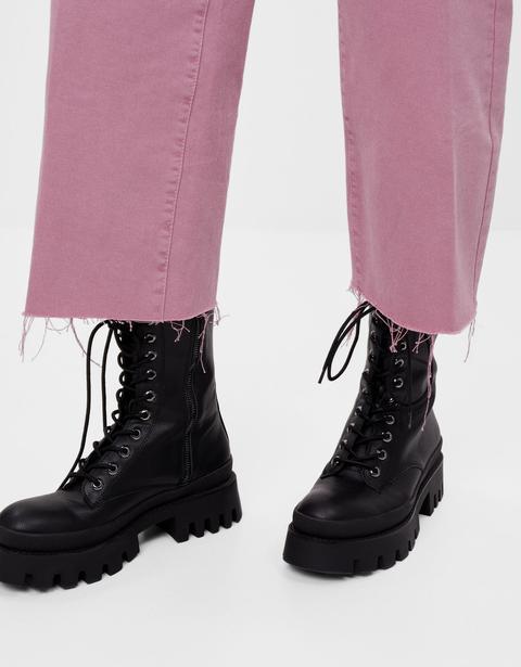Pantalón Straight Cropped