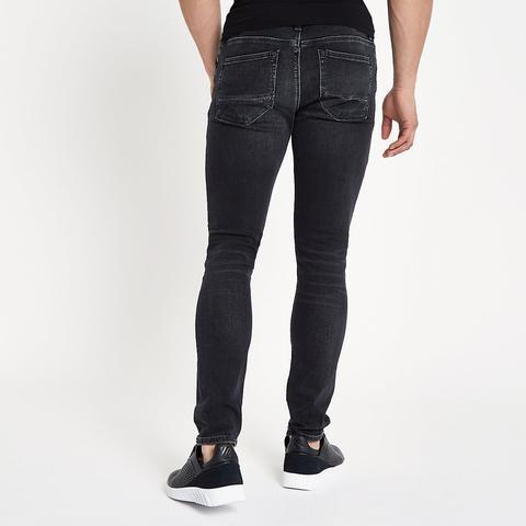 100% Spitzenqualität klar und unverwechselbar USA billig verkaufen Sid – Schwarze, Vorgewaschene Skinny Jeans from River Island on 21 Buttons