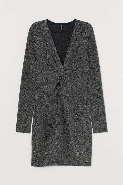Vestido Con Escote De Pico - Negro