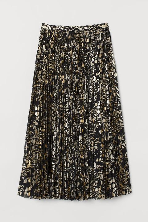 Falda Plisada - Negro de H&M en 21 Buttons
