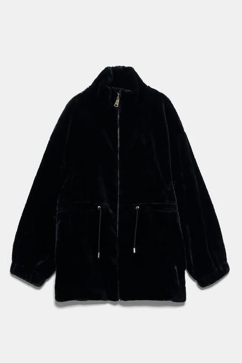 Cazadora Efecto Pelo de Zara en 21 Buttons