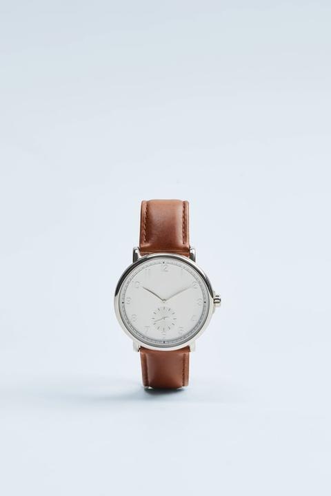 Reloj Look Vintage Pulsera Piel Marrón de Zara en 21 Buttons