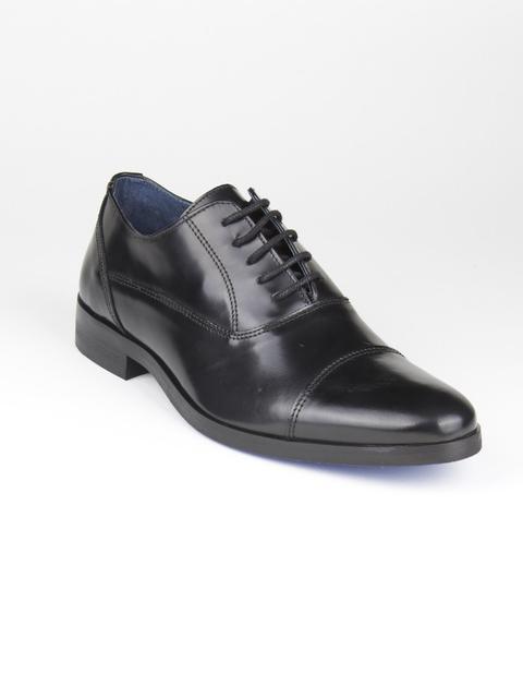Zapatos Negros Con Cordones de Macson en 21 Buttons